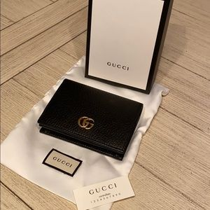 NWT Authentic GUCCI COIN AND CARD WALLET